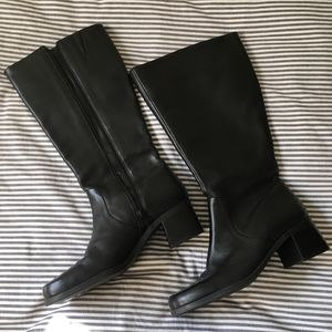 NWOT Naturalizer Wide Knee High Leather Boot 7W